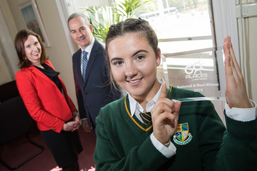 Transition year student Alannah Doherty from Blacklion, Co Cavan has been named national winner of the inaugural Bus Éireann 'Go Places' Competition. The competition invited TY students from around the country to submit projects – in words, photographs, or videos – about their journey to school. In an humorous photo essay, Alannah detailed her journey to school from her home in Blacklion, starting outside Neven Maguire's famous restaurant MacNean House & Restaurant and travelling along the picturesque Lough MacNean, to St Clare's Comprehensive School in Manorhamilton, Co. Leitrim. Alannah won an iPad and a trip to Tayto Park for her class. There were three regional winners, Alannah in West, Ruairi Meehan in the East, and Jane Tiernan in the South. Pictured with Alannah in Bus Éireann headquarters in Broadstone is Nicola Cooke, Bus Éireann Media & PR Manager, and Ray Hernan, Bus Éireann CEO. The competition will run again in 2019. For more information visit www.goplaceswithbe.ie